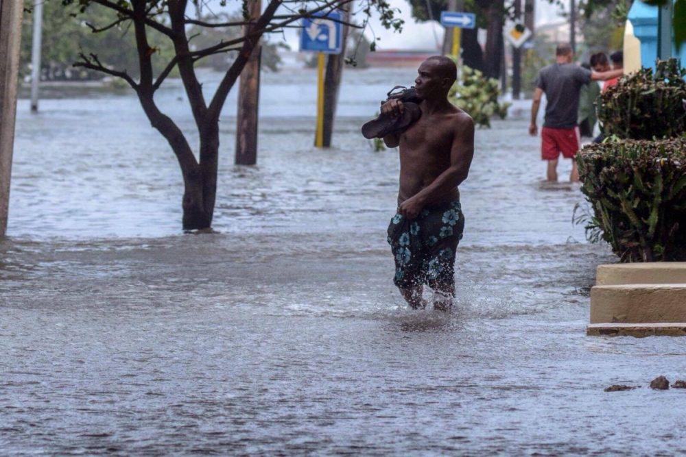 Juli bis September ist Hurrican-Zeit. Trotzdem ist jeder dieser Monate eine gute Reisezeit