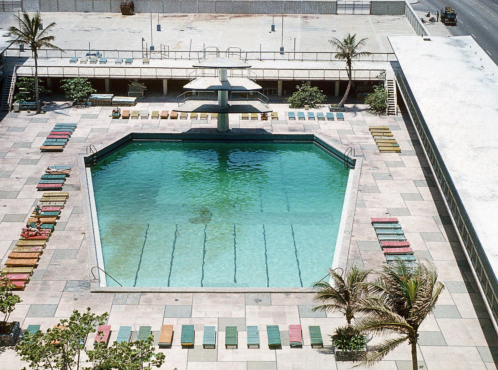 Foto des sargförmigen Pools, persönlicher Spaß von Meyer Lansky