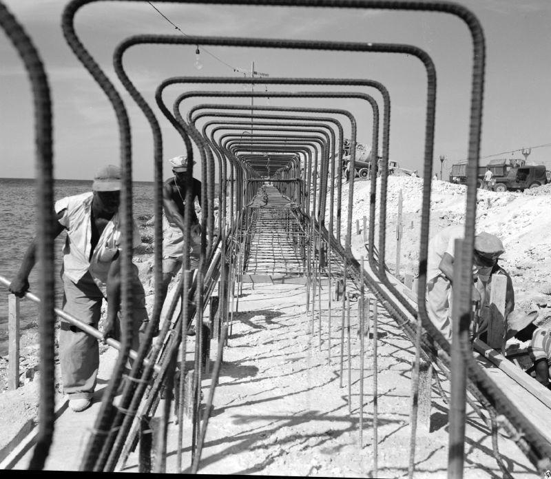 Altes Foto: Querschnitt durch den Malecón, die Stahlkonstruktion