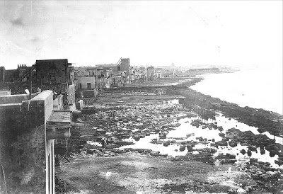 Foto: wüste Küstenlandschaft, bevor der Malecón kam